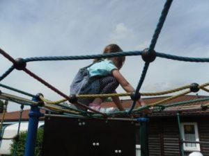 Klettern auf dem Spinnennetz